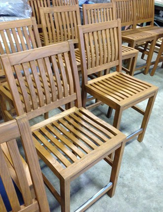 /Portals/0/UltraMediaGallery/422/4/thumbs/1.gloster teak refinished.JPG