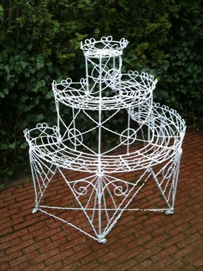 /Portals/0/UltraMediaGallery/485/13/thumbs/1.wrought iron plant stand.jpg