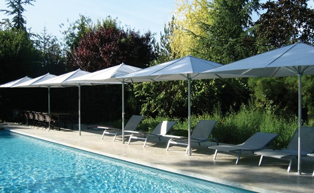 /Portals/0/UltraMediaGallery/486/15/thumbs/1.commercial pool umbrellas.jpg